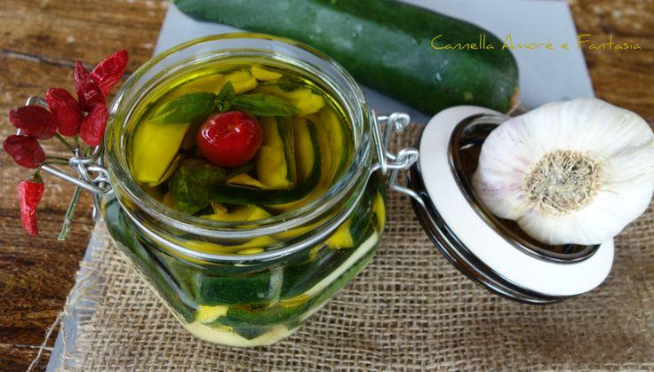 Zucchine+sott'olio+alla+siciliana+senza+cottura+-+ricetta+facile