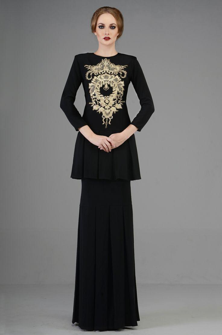 Highness Raya look 8 by Rizman Ruzaini