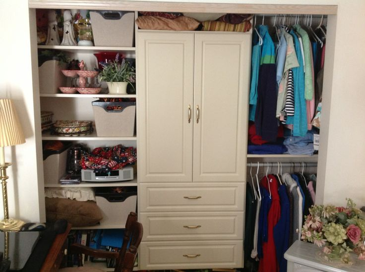 Women 39 S Closet With Wardrobe California Closets Columbus