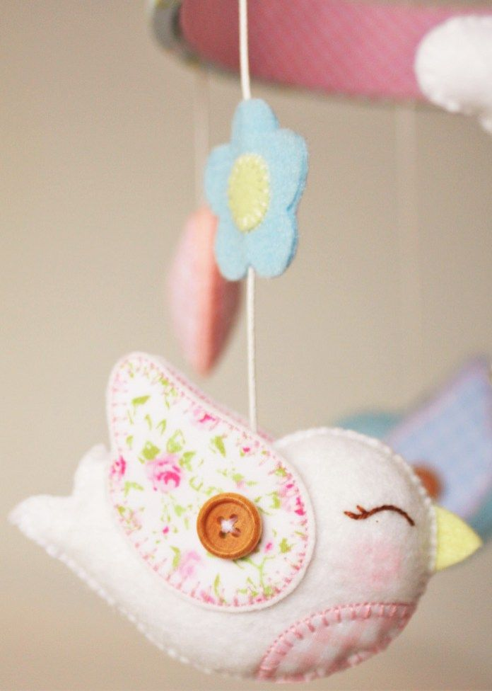 Mobile berco passarinho branco _ White bird crib mobile