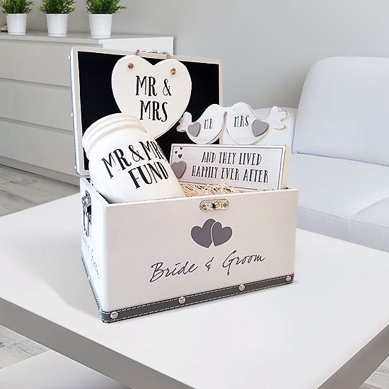 The Start Saving Engagement Gift Set will put a big smile on anyone's face. What better way to say congratulations on your engagement, than a gift set.