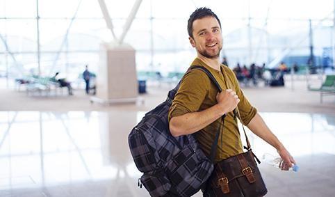 Как путешествовать налегке и экономить на багажных сборах | Skyscanner