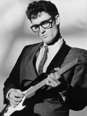 Buddy Holly: the real king of rock n roll!    (as I suspected, this is actually John Mueller, a rockin', very friendly, perfect Buddy impersonator, not Buddy Holly himself)