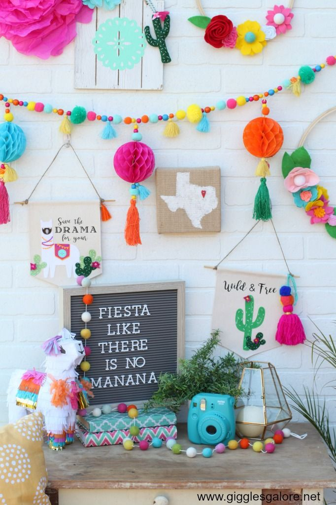 DIY Colorful Fiesta Llama and Cactus Canvas Banners ,  Vanessa Espino