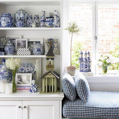 country style living room, open shelves, Beautiful blue porcelain: Gingham, Gingers Jars, Decor Ideas, Windows Seats, Living Room, White Decor, Reading Nooks, Window Seats, Blue And White