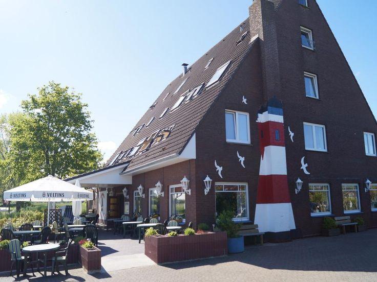 €80 Zwischen Cuxhaven und Bremerhaven bietet dieses Hotel in der Stadt Nordholz gemütliche Unterkünfte und ein traditionelles Restaurant.