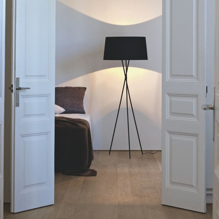 Santa and Cole Tripode Floor Lamp in Bedroom