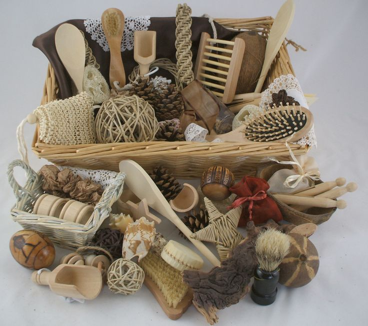 Group Natural Treasure Basket
