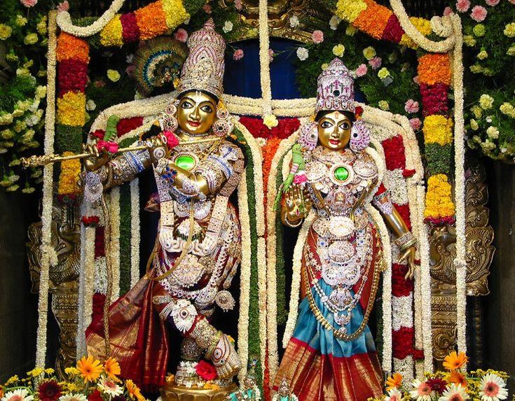 Sri Radha Krishna Temple @ Rajajinagar, North Bangalore, Karnataka. It is one of the largest ISKCON temples in the world. There is a gold plated flag post 56 ft high & a gold plated kalash 28ft high. ISKCON Bangalore has six shrines : Radhe Krishna, Krishna Balarama, Venkateswara, Prahlada Narasimha, Nitai Gauranga & Srila Prabhupada. www.templefolks.com #SriRadhaKrishnaTemple #ISKCONTemple #Temple #RadheKrishna