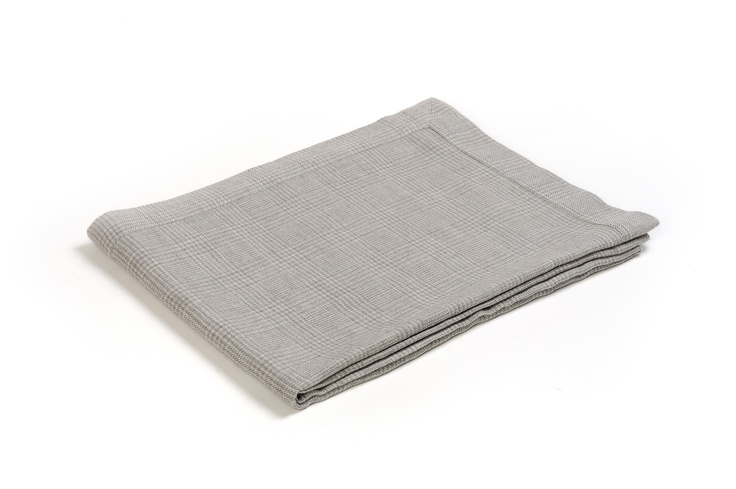 Buy VOLTAIRE #CASHMERE THROW online. Amancara, #luxury linens since 1952.