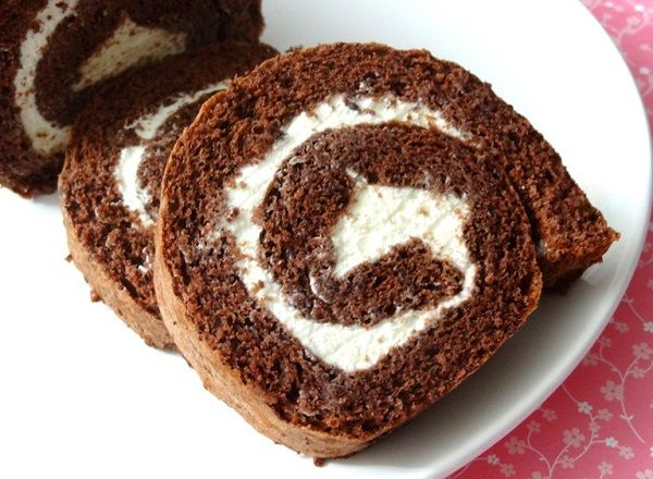 Checkout the best chocolate swiss roll recipe on the net! Once you try this delicious dessert, you will ask for more and more!