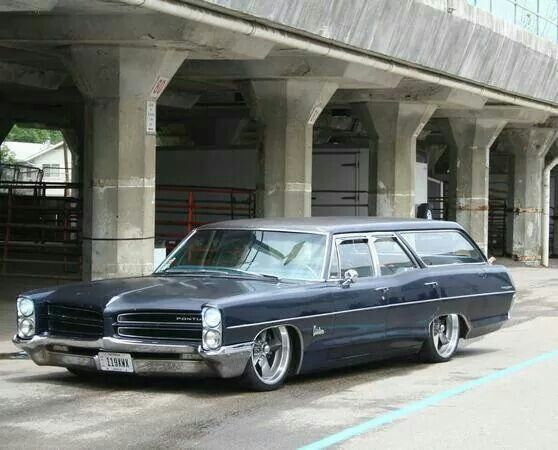 Pontiac Catalina wagon