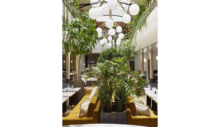 17 best ideas about brasserie parisienne on pinterest le for Laura gonzalez decoratrice