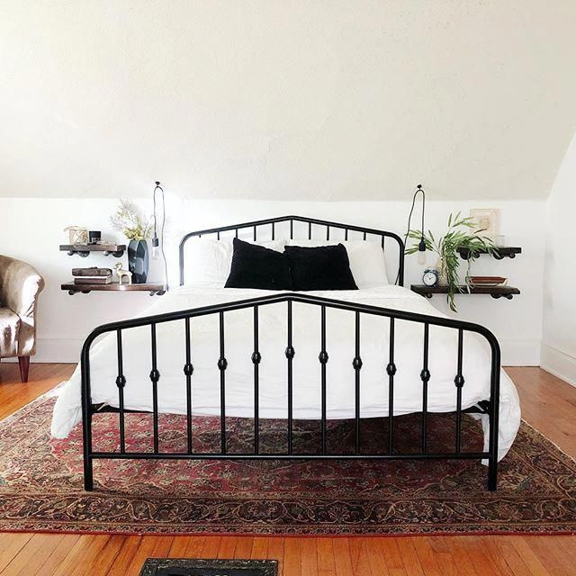 Tips For A Minimalist Room White Metal Bed White Metal Bed