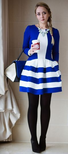 Love the blue and white contrast.  I would probably spill something on this immediately and ruin it. HA