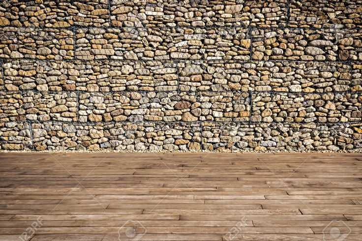 24564376-Wooden-slats-and-gabion-wall-filled-with-boulders-Stock-Photo.jpg (1300×866)