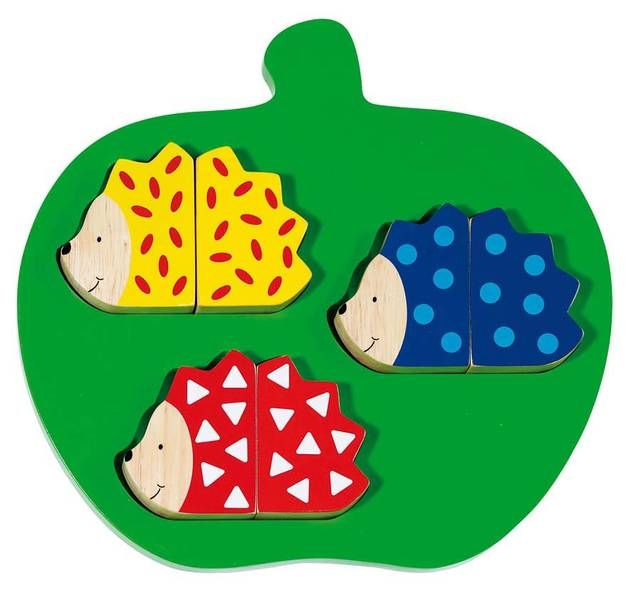 Natural and high quality toys to the development of the skills of children. Puzzle game, hedgehog