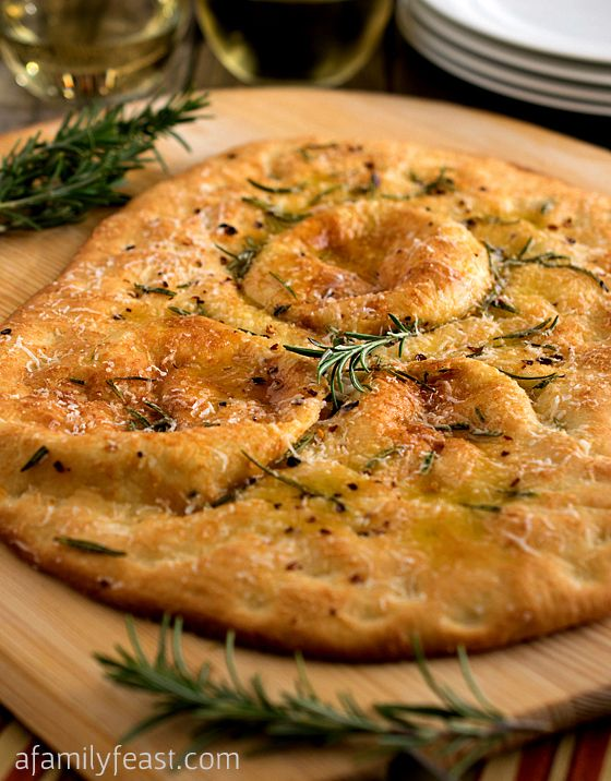 Rosemary Flatbread - An easy and delicious flatbread with fantastic flavor! Can be served as an appetizer or as a light main course served alongside a healthy salad.