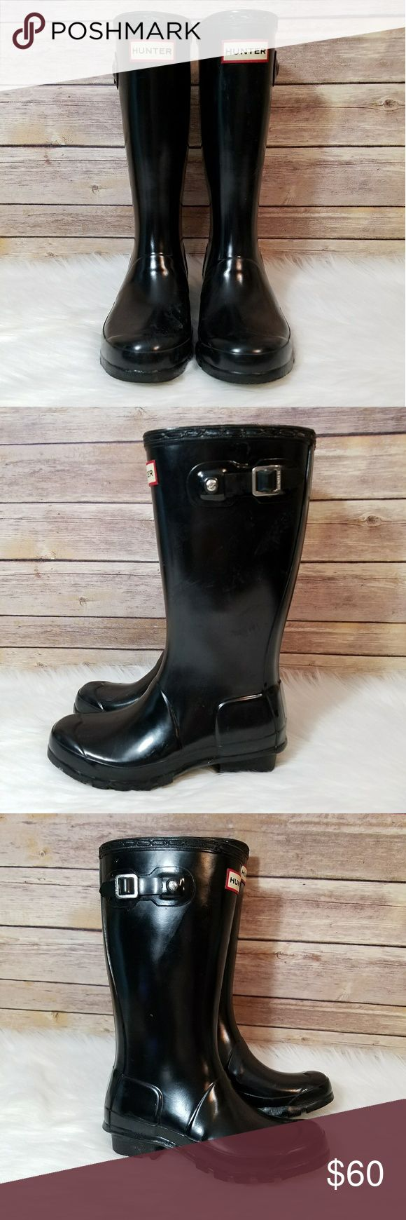 Hunter black rainboots. Hunter black rainboots Black hunter original gloss  boots Girls size 4 boys size 3 ...