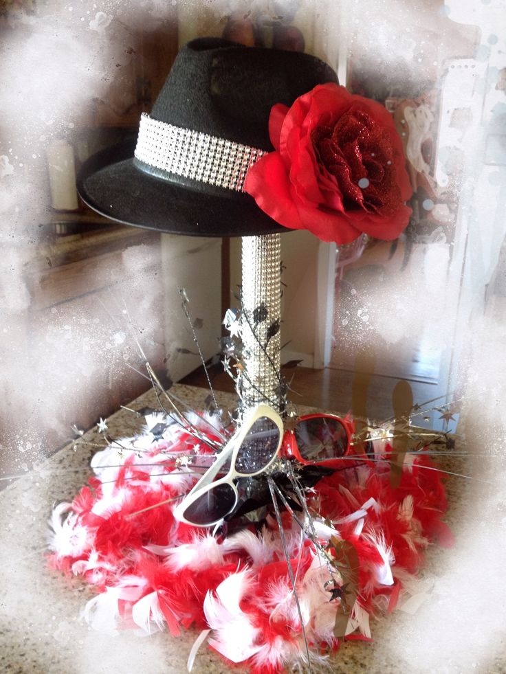 Diy red carpet event centerpiece black hat wrapping