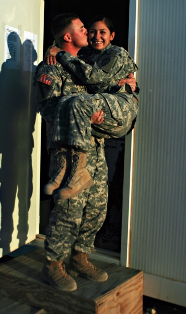 dual military couple <3 HELLLLL YAAAA! Gonna be me