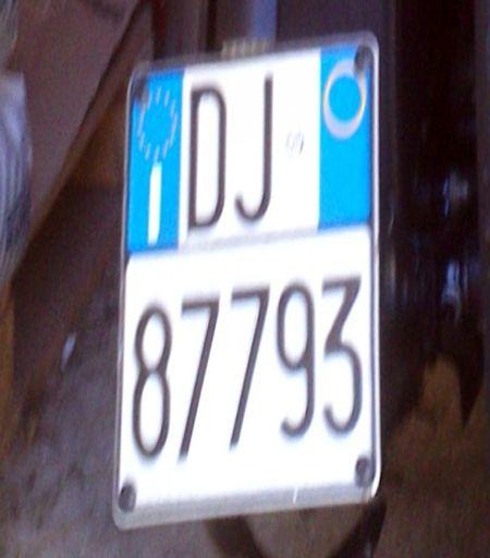 UDINE E PROVINCIA: SMARRITA TARGA, OFFRESI RICOMPENSA http://terzobinario.blogspot.it/2015/04/udine-e-provincia-smarrita-targa.html