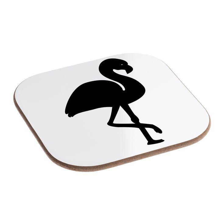 Quadratische Untersetzer Flamingo aus Hartfaser  natur - Das Original von Mr. & Mrs. Panda.  Dieser wunderschönen Untersetzer von Mr. & Mrs. Panda wird in unserer Manufaktur liebevoll bedruckt und verpackt. Er bestitz eine Größe von 100x100 mm und glänzt sehr hochwertig. Hier wird ein Untersetzer verkauft, sie können die Untersetzer natürlich auch im Set kaufen.    Über unser Motiv Flamingo  Flamingos gehören zu den schönsten Vögeln im Tierreich und ähneln pinkfarbenen Störchen.Der Flamingo…