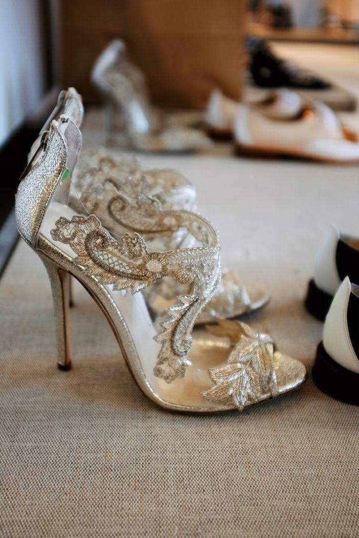 mariée, bride, mariage, wedding, alliance, ring, chaussures, shoes gold, doré