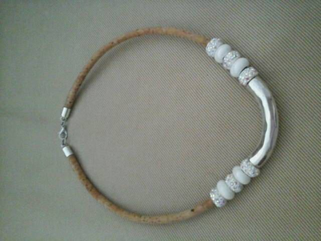 White glass and metal with strass beads, cork necklacehttps://www.etsy.com/pt/listing/239859041/white-glass-and-metal-with-strass by InnerFeeling on Etsy
