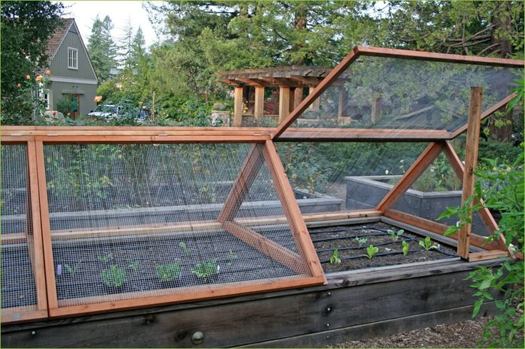 Raised garden bed design the vegetable garden fence ideas for Garden bed fence ideas