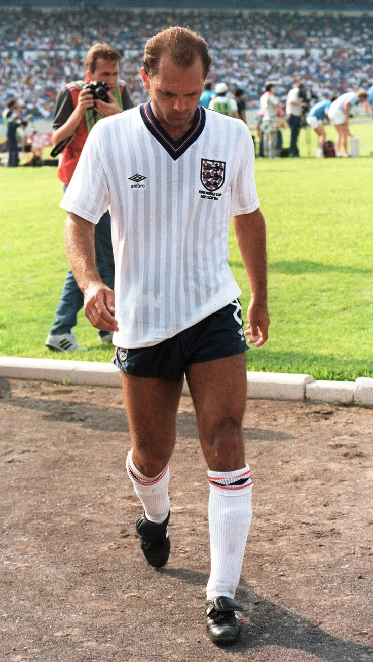 Ray Wilkins, (1976-1986), Caps as Captain 10, 1st game as captain 22-9-1982, Total Caps 84