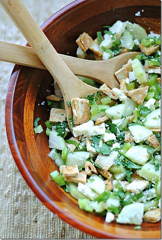 Pita Bread Salad with Cucumber, Mint & Feta, only 4 WW points!