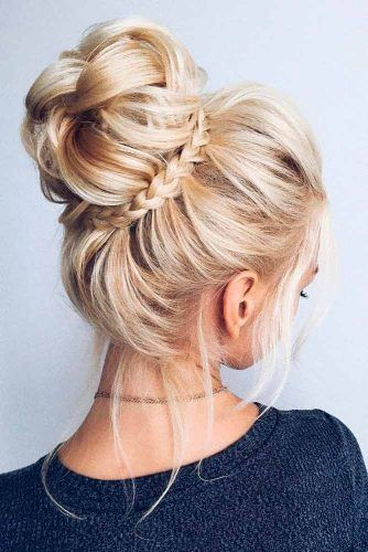 10 Trendy Hochsteckfrisuren für mittellanges Haar  - Frisuren 2019 - #Frisuren #für #Haar #Hochsteckfrisuren #mittellanges