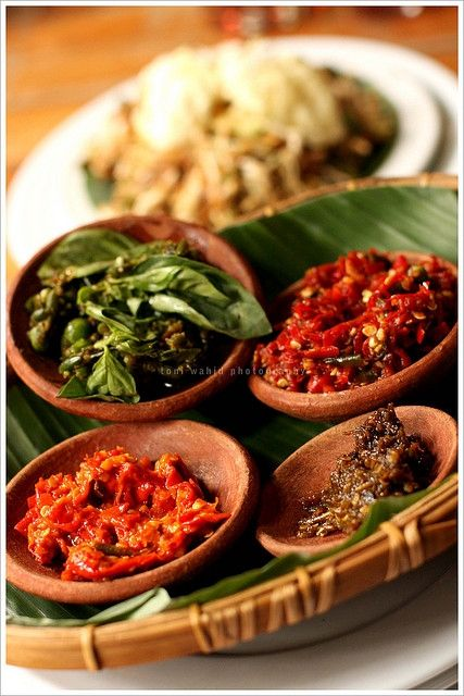 Indonesian chili...how much spicy can you take? Indonesians love their food very…