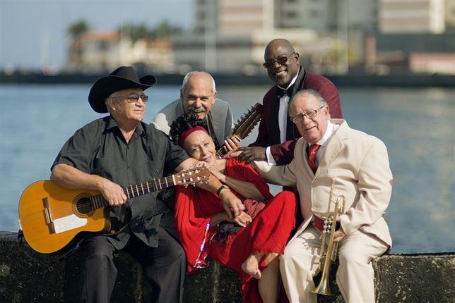 "BUENAVISTA SOCIAL CLUB AYER EN MADRID EN TEATRO PRICE (21/07/2015)  ""ADIOS TOUR"" ¡FANTÁSTICO!!!! #adiostour #Buenavista #Cuba #España #OmaraPortuondo #EliadesOchoa"