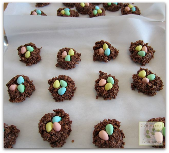 Chocolate, No-Bake, Easter Nest Macaroons ~ aka Frogs