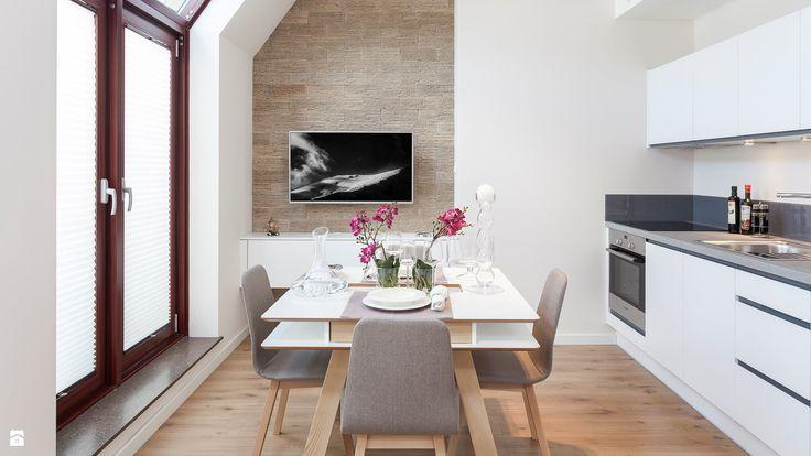 Salon z jadalnią i aneksem kuchennym - zdjęcie od PRACOWNIE WNĘTRZ KODO - Salon - Styl Nowoczesny - PRACOWNIE WNĘTRZ KODO