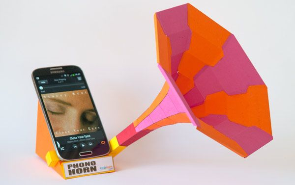 Phono Horn. Free Sound Dock for your Smart Phone to Download and Make. | www.robives.com