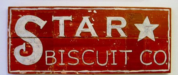want a wooden sign like this for the kitchen....: Stars Biscuits, Signs Wood, Vintage Kitchens Signs, Wooden Biscuits Signs, Red Signs, Red Kitchens, Vintage Signs, Primitive Red, Wooden Signs