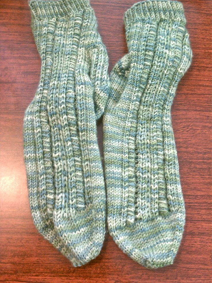 Free Knitting Patterns For Sock Weight Yarn : 1000+ images about Knitting Socks on Pinterest Sock, Knit Socks and How To ...