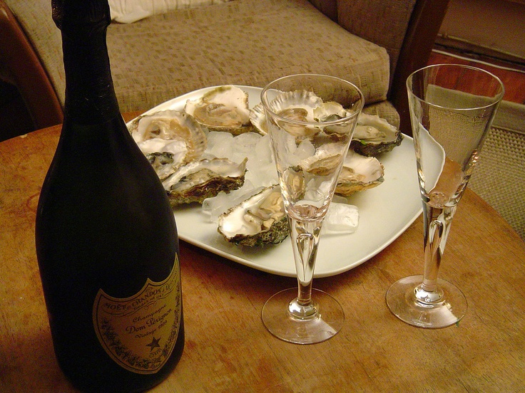 Champagne and Oysters | Melbourne (Image by emily_* via Flickr)