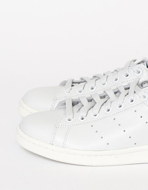 Minimal + Classic: Adidas Stan Smith
