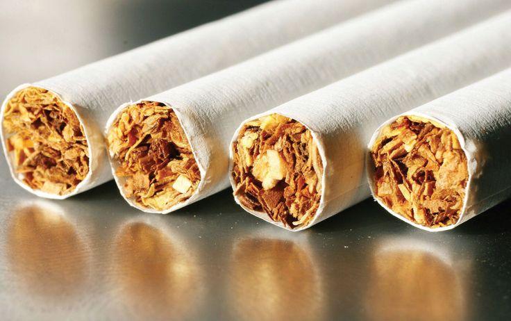 Табак - это растение, которое содержит никотин. Табак культивируется как наркотическое средство, вызывающее кратковременную эйфорию. Родиной табака является Южная и Северная Америка. В настоящее время табак выращивают во многих странах мира. Высушенные листья некоторых видов табака используют для курения. Курение табака сильно вредит здоровью.    Tobacco is a plant which contains nicotine. Tobacco is cultivated as a drug causing short-term euphoria. The homeland of tobacco is