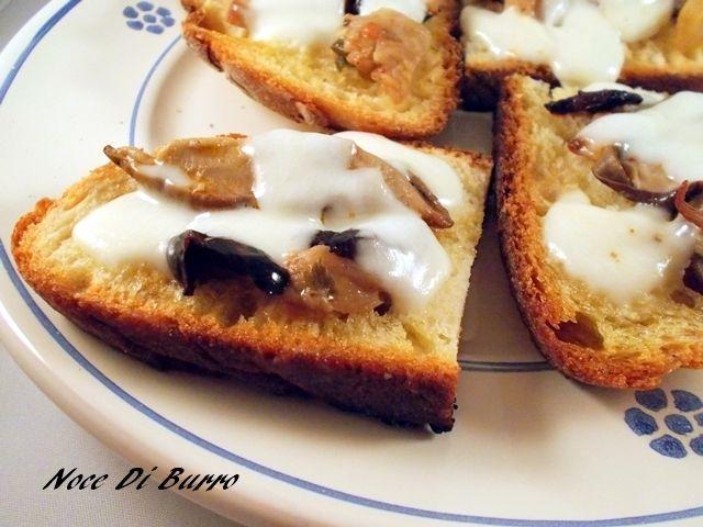 Bruschette alla boscaiola, ricetta Noce Di Burro