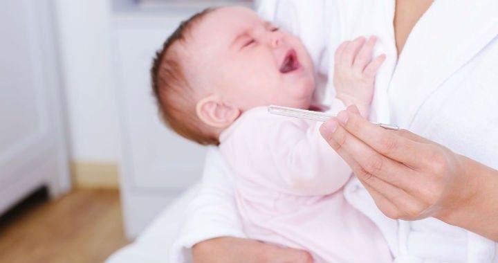 Minél kisebb a csecsemő, annál nagyobb a veszélye a kiszáradásnak folyadékvesztés esetén. A folyadékpótlás láz esetén is igen fontos.