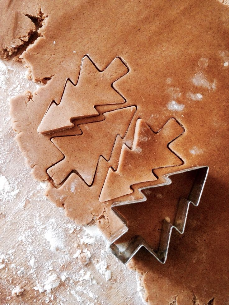 "leaves-and-lights: "" Mmm I love making cookies."""