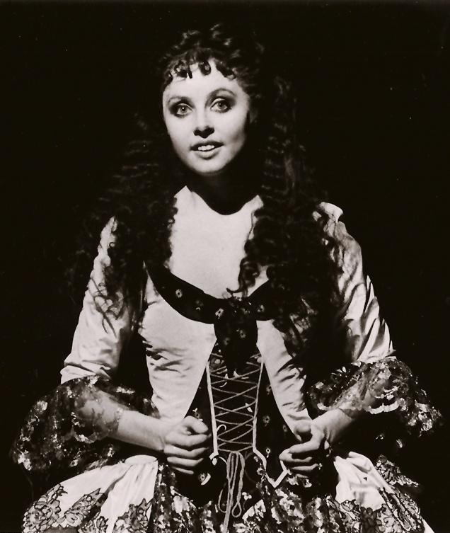Sarah Brightman in the Aminta dress for Don Juan Triumphant.