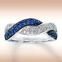 White Gold diamond and natural blue sapphire ring