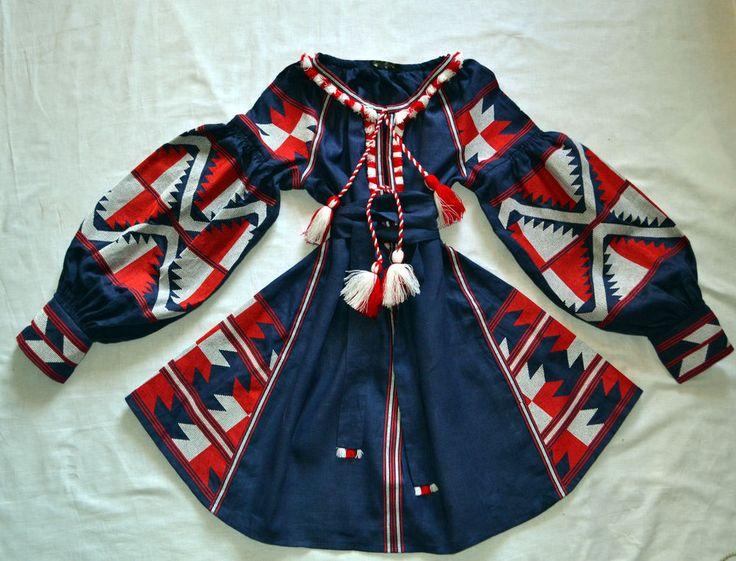 Ukrainian linen dress Vita Kin #VITAKIN #TeaDress