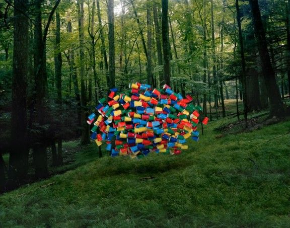 Thomas Jakson sculpture. Getting me to think about some fun installation sculpture ideas for middle school